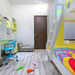 Juhu Residence:  Nursery/kid's room by neale castelino Photography