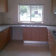 Interior#002: Cozinhas  por Factor4D - Arquitetura, Engenharia & Construção