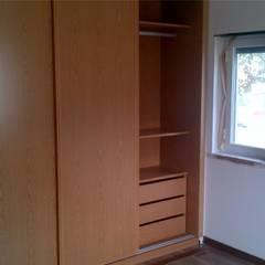 غرفة الملابس تنفيذ Factor4D - Arquitetura, Engenharia & Construção , كلاسيكي