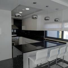 Unit dapur by Moderestilo - Cozinhas e equipamentos Lda