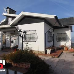 Exterior#005: Moradias  por Factor4D - Arquitetura, Engenharia & Construção