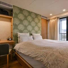 Bedroom by 王采元工作室, Rustic