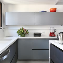 Kitchen units by Start Arquitetura