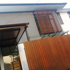 Cipaku House:  Dinding by Kahuripan Architect