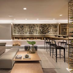 Wine cellar by Traama Arquitetura e Design
