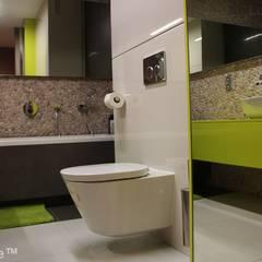 Sciana z otoczakow w lazience - Bezowe otoczaki do lazienki: styl , w kategorii Ściany zaprojektowany przez Lux4home™