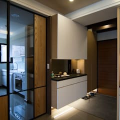 Corridor & hallway by 青築制作