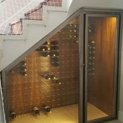 Wine cellar by Edr Cristal - Adegas Climatizadas