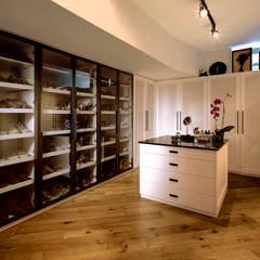 Dressing room by Boyman Arslan Architects