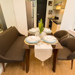 Meranti at Two Serendra:  Dining room by TG Designing Corner