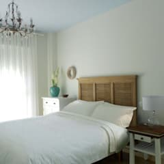 PROYECTO DE INTERIORISMO Y DECORACIÓN. DORMITORIO: Dormitorios de estilo  de Juana Basat