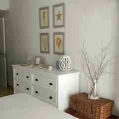 Dormitorios de estilo  por Juana Basat