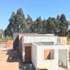 Proceso diseño y construcción Vivienda Premium 115m2 Fundo Loreto: Escaleras de estilo  por Territorio Arquitectura y Construccion - La Serena