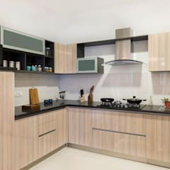 Built-in kitchens by HomeLane.com