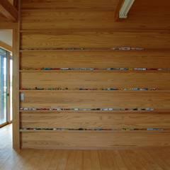 長~い家: 田村建築設計工房が手掛けた子供部屋です。