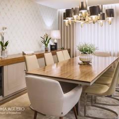 Apartamento na Foz do Douro: Salas de jantar  por Paloma Agüero Design