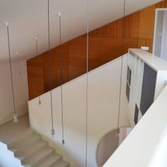 078 | Residenza: Scale in stile  di Giacomo Zanelli - Architetto