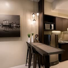 Modern Lux - Wil Tower QC:  Dining room by MVRX Designs