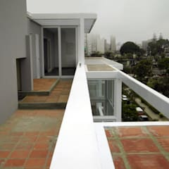 Penthouse Barranco: Techos de estilo  por Artem arquitectura