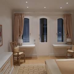 Gastzimmer:  Schlafzimmer von Meyerfeldt Architektur & Innenarchitektur