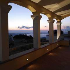 Küchenterrasse:  Terrasse von Meyerfeldt Architektur & Innenarchitektur
