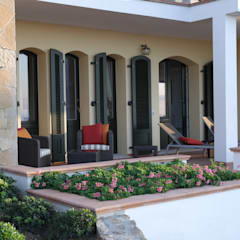 Gastterrasse:  Terrasse von Meyerfeldt Architektur & Innenarchitektur