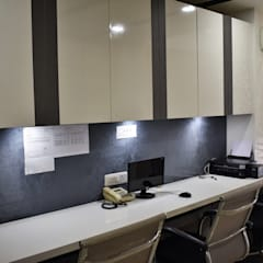 Stylized Modern Office Interior Project:  Offices & stores by DV Interiors