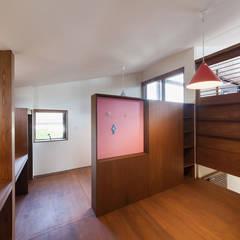 長野の家: HAN環境・建築設計事務所が手掛けた子供部屋です。