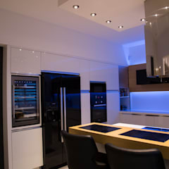 Design Hub interiors by Çise Mısırlısoy İç Mimar  – Apartman Dairesi:  tarz Ankastre mutfaklar