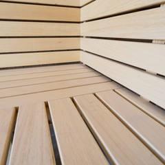 Moderne stoomcabine en sauna combinatie in de grachten van Amsterdam :  Sauna door Cleopatra BV