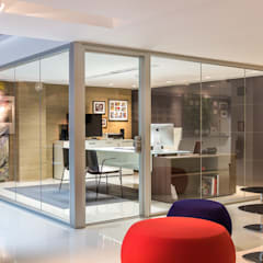 Design Group Latinamerica - MAT: Oficinas y Tiendas de estilo  por Design Group Latinamerica