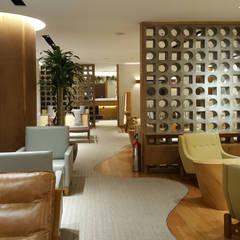 Consultoria para Nacionalização de Design e Gerenciamento de Projetos: Hotéis  por TC Arquitetura por Tereza Costa