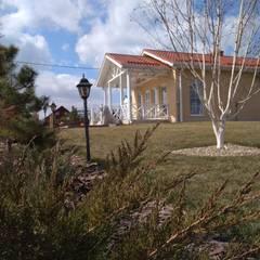 Casas prefabricadas de estilo  por Центр Каркасных Технологий