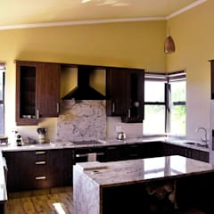 Jax Meyer Kitchen & BIC's:  Built-in kitchens by Capital Kitchens cc,