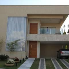 Condomínio Jardins Madri: Condomínios  por Keila Bernardes arquitetura e interiores