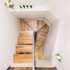 Stairs by 오파드 건축연구소