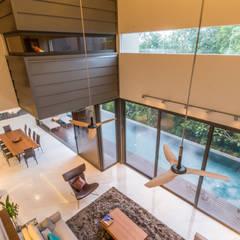 Salas modernas de MJ Kanny Architect Moderno