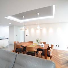 modern Dining room by 제시카디자인그룹