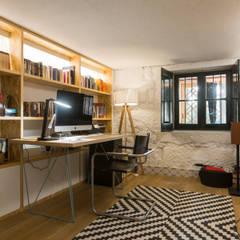 Vivenda em S. Mamede de Infesta - SHI Studio Interior Design Escritórios escandinavos por SHI Studio, Sheila Moura Azevedo Interior Design Escandinavo Madeira Acabamento em madeira