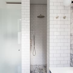 London townhouse - Nordic styling:  Bathroom by My-Studio Ltd