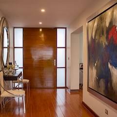 Remodelacion y Diseño Interior de Vivienda: Pasillos y vestíbulos de estilo  por EPG  Studio