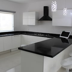 Built-in kitchens by Itech Kali