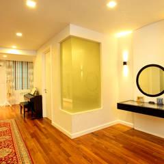 Raflessia:  Bedroom by Hatch Interior Studio Sdn Bhd,