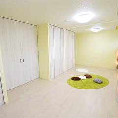 子供部屋: 有限会社 秀林組が手掛けた子供部屋です。