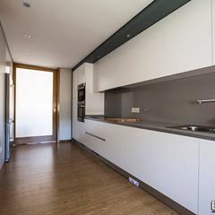 Kitchen units by Esquissos 3G