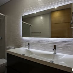 Casa Monteiro: Casas de banho  por Esquissos 3G,Moderno