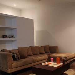 Apartamento Triana: Salas de estilo  por ATELIER HABITAR, Moderno