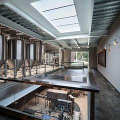 Cervecería Patagonia: Bares y Clubs de estilo  por Bórmida & Yanzón arquitectos,Industrial