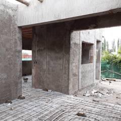 Floors by M.i. arquitectura & construcción