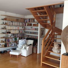 Avent: Salon de style de style Minimaliste par Studio ACD